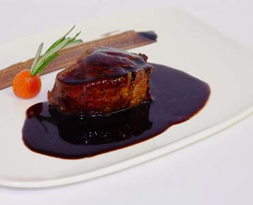 Filet in Rotwein - Balsamicosauce